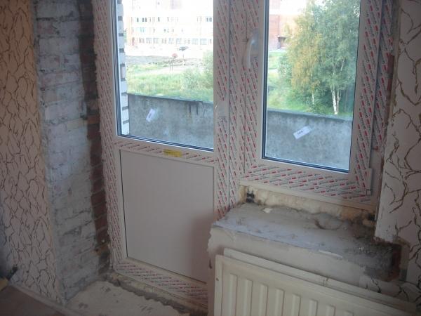 Процесс установки окна.